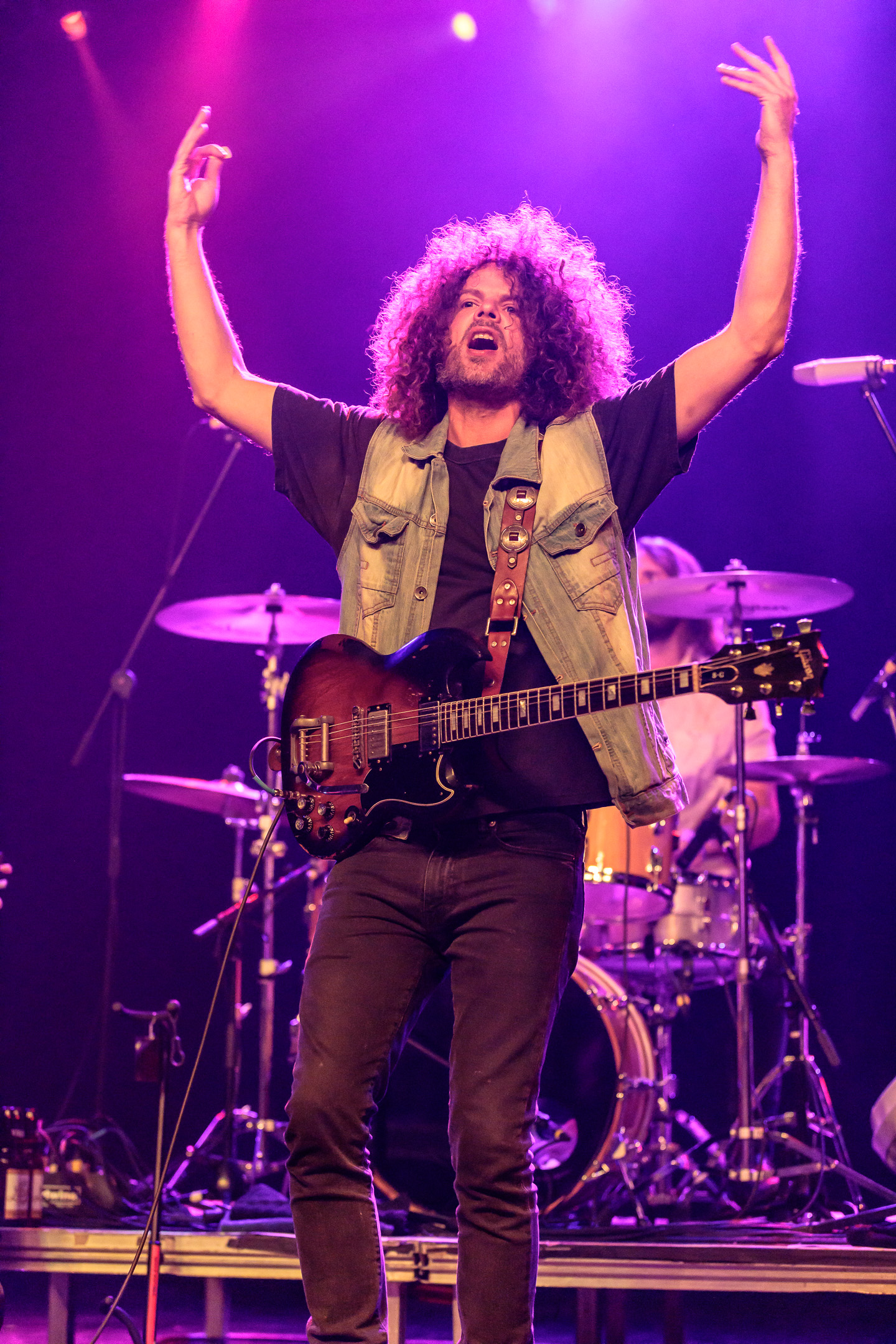 wolfmother brings good old rock and roll to marquee